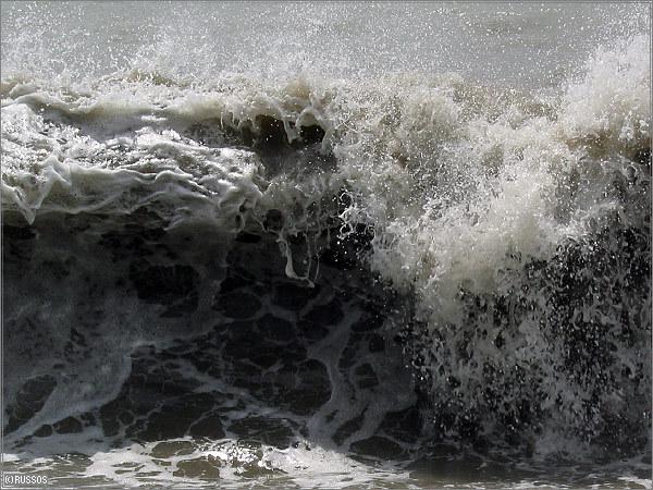 шторм море