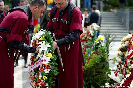 9 мая, возложение венков к памятнику Неизвестному солдату