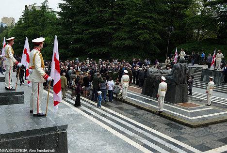 памятник Неизвестному солдату, 9 мая