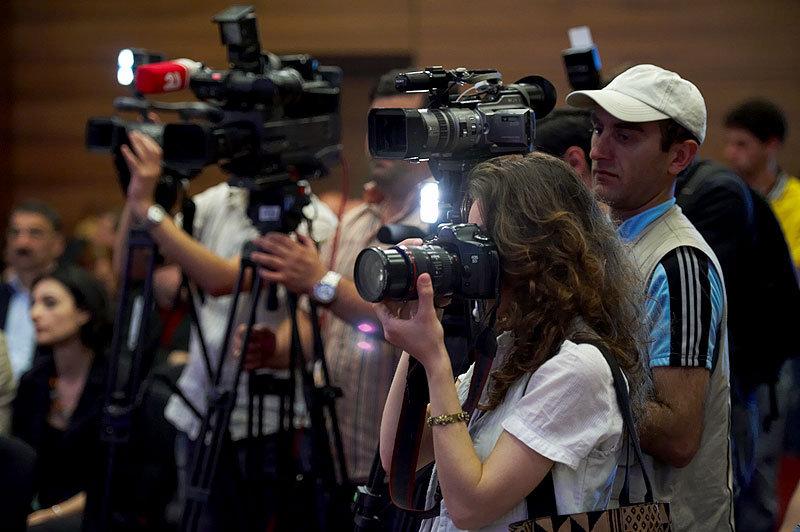 пресса, журналисты