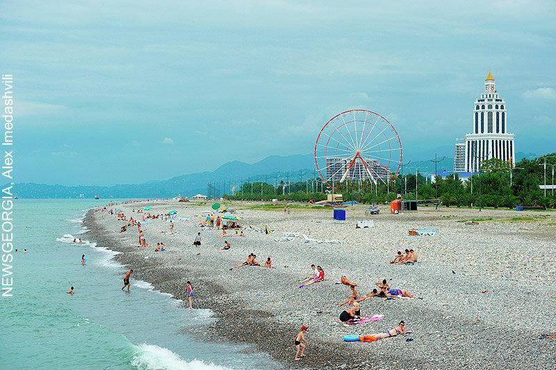 море, пляж Батуми