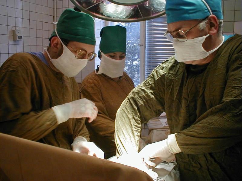 операция больница врачи