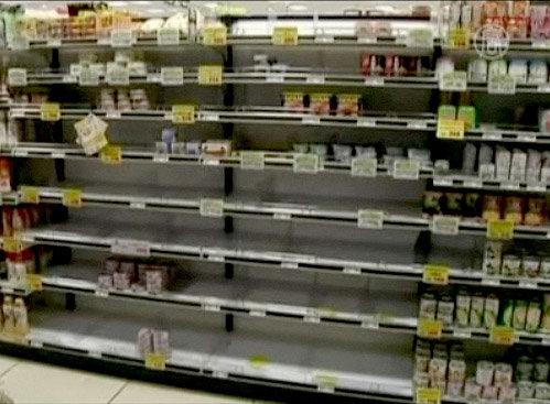 полки супермаркетов пустеют Япония