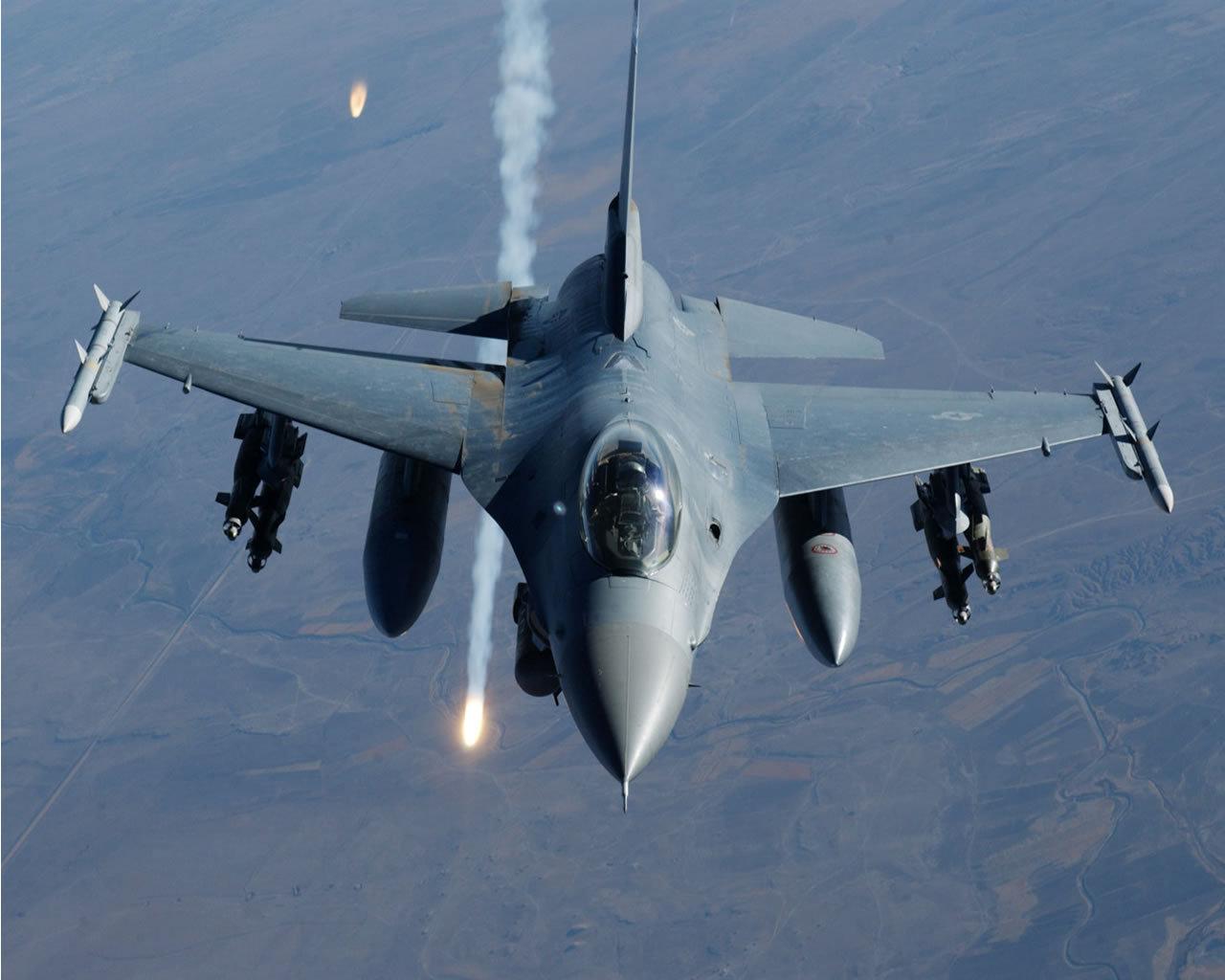 истребитель ВВС F-16 Falcon