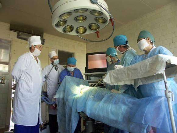 операция врачи больница
