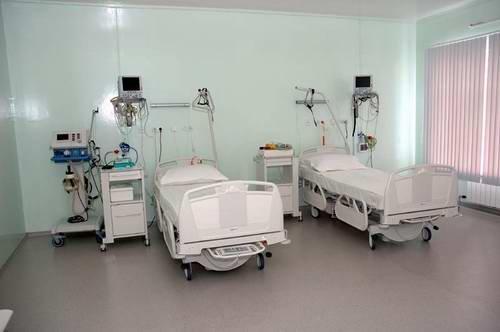 больница клиника врачи