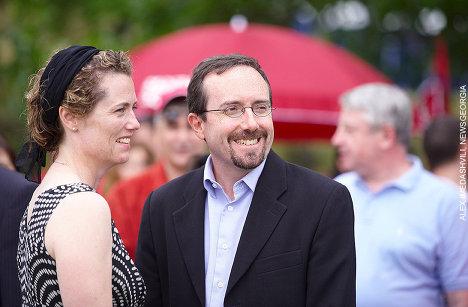 Джон Басс с супругой