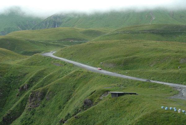 Крестовый перевал Военно Грузинская дорога
