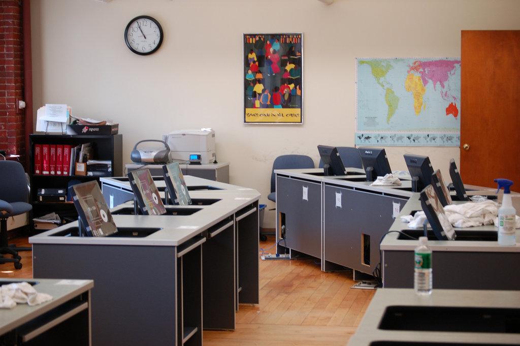 офис компьютеры