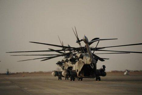 Афганистан НАТО вертолет CH-47 Chinook