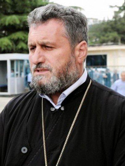 отец Михаил Ботковели