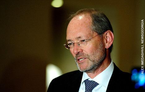 Посол Швейцарии Гюнтер Бехлер