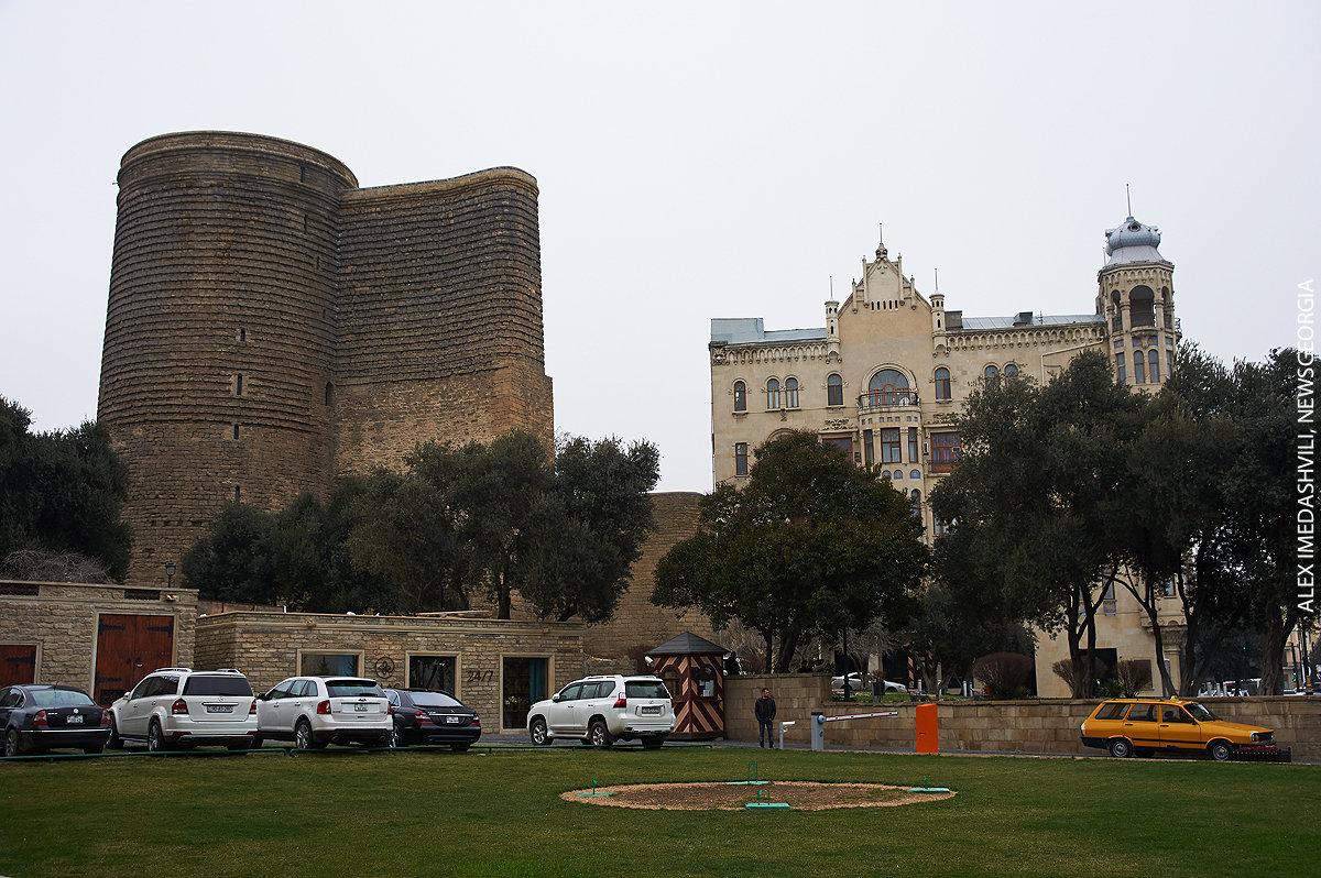 Девичья башня Баку Азербайджан