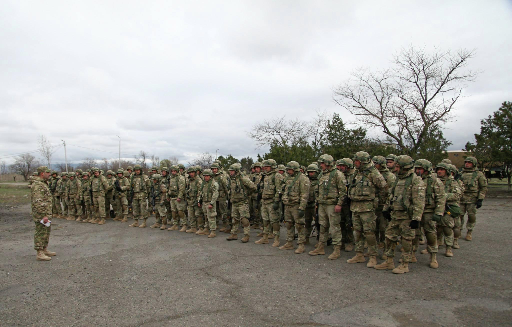 военные учения на полигоне в Вазиани