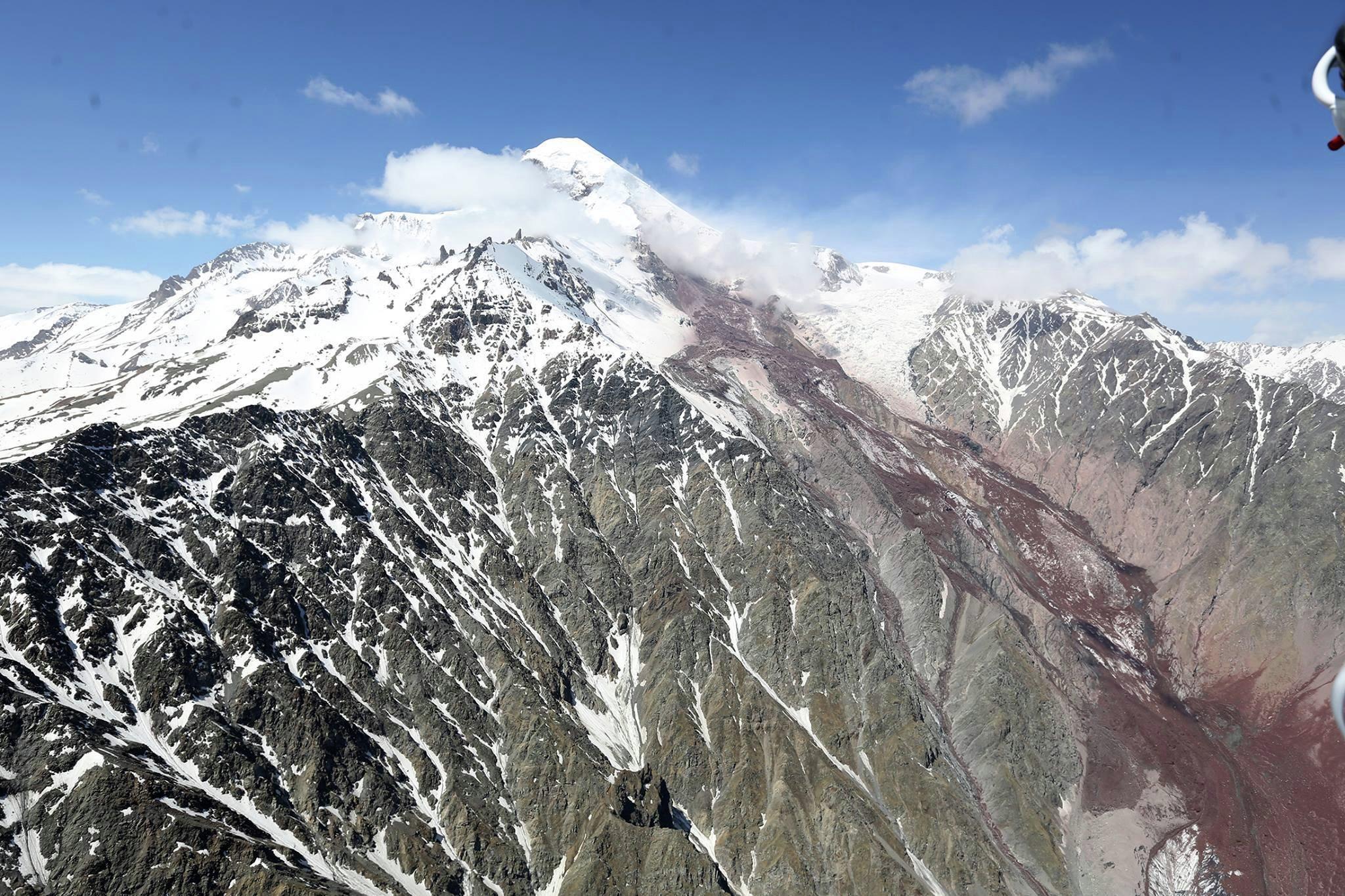 горы, Казбек, Кавказ, Дарьяльское ущелье