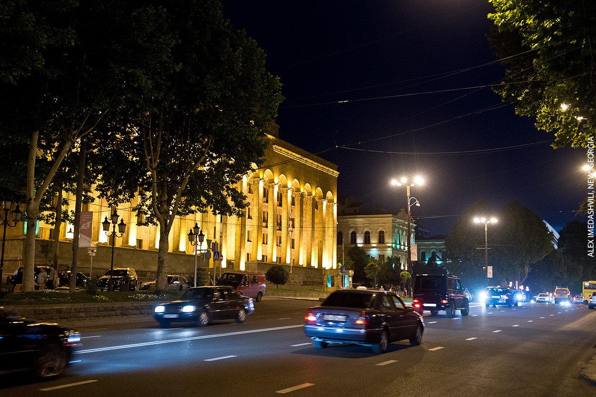парламент, старое здание, Тбилиси
