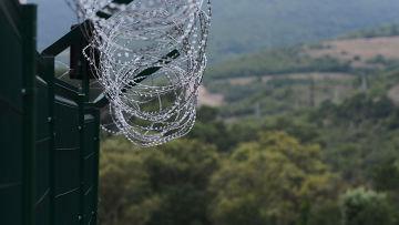 колючая проволока, Южная Осетия