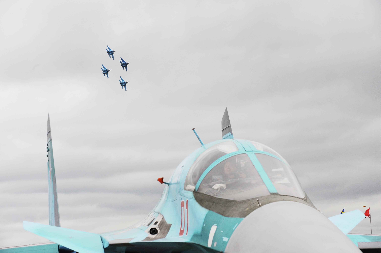Пилотажная группа Соколы России. Авиасалон МАКС-2009