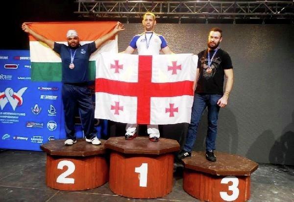 Бесик Лекиашвили - чемпион мира по армрестлингу среди лиц с ограниченными возможностями