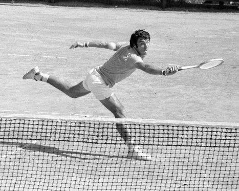 Советский теннисист, мастер спорта международного класса Александр Метревели. 1983 г.
