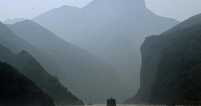 Вход в Каньон на реке Янцзы