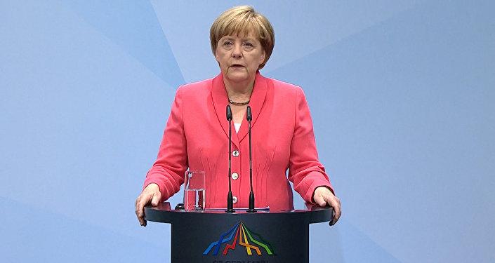 Меркель прокомментировала позицию G7 по вопросу санкций в отношении РФ