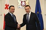 Гарибашвили наградил представителя ЕС в Грузии орденом Золотое руно