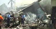 Военный самолет Hercules C-130 рухнул на отель в Индонезии