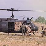 Ирокез вывез с поля боя раненого, после чего машины прикрытия и военнослужащие покинули освобожденную территорию и операция завершилась.