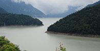 Водохранилище Ингури горы озеро