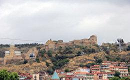 Тбилисская канатка - столица Грузии с высоты птичьего полета