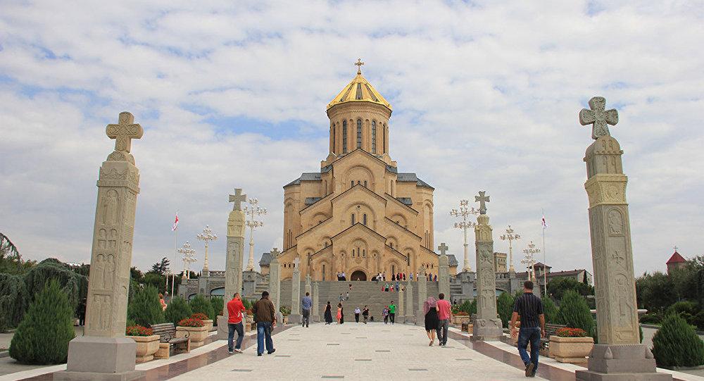 верующие церковь собор Самеба