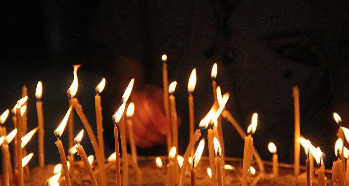 свечи религия церковь