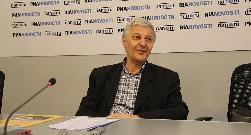Михаил Айдинов
