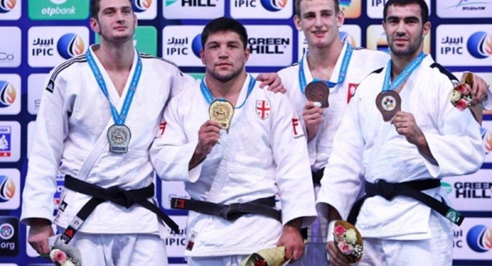 Бека Гвиниашвили выиграл золото Чемпионата Мира по дзюдо