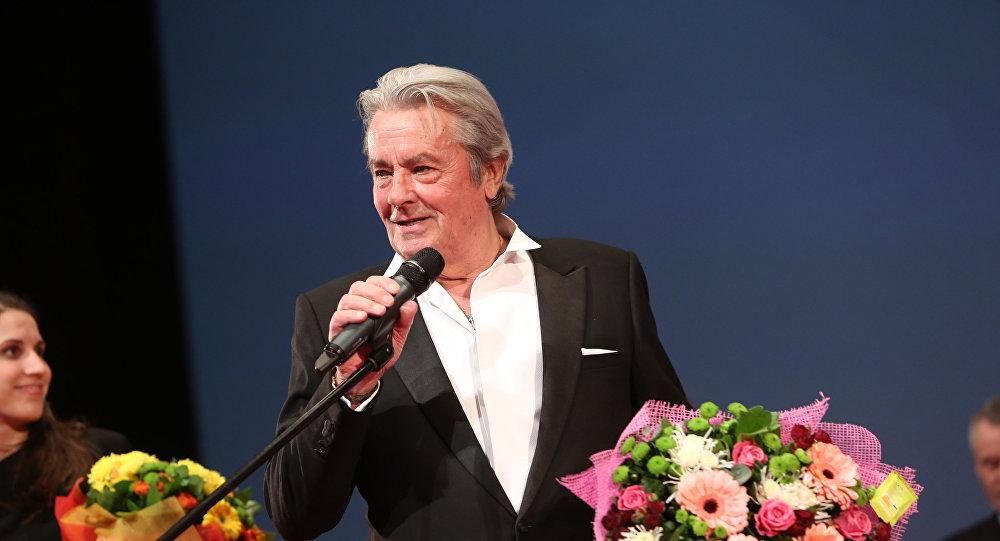 Французский актер Ален Делон