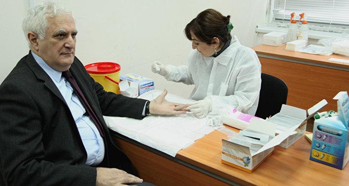 В Грузии бесплатно обследуют на наличие гепатита С и ВИЧ\СПИД