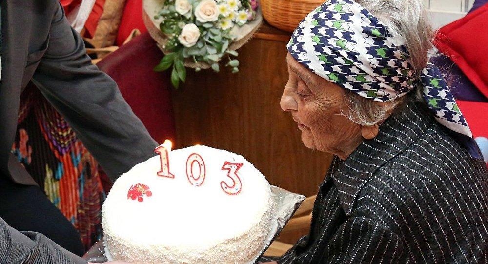 Самой пожилой женщине в Тбилиси - Александре Джоджуа в этом году исполнилась 103 года.