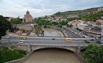 Тбилиси. Метехский мост