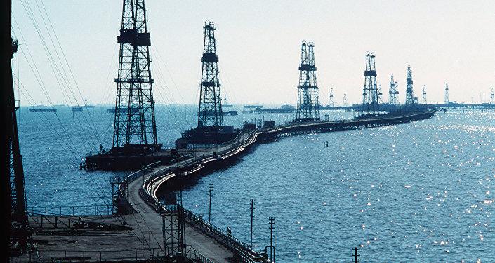 ВКаспийском море после аварии пропали 10 нефтяников