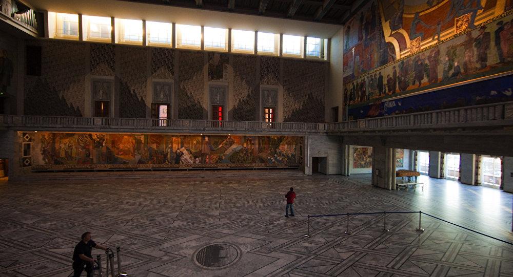 Городская ратуша в Осло, где ежегодно проводится церемония вручения Нобелевской премии мира