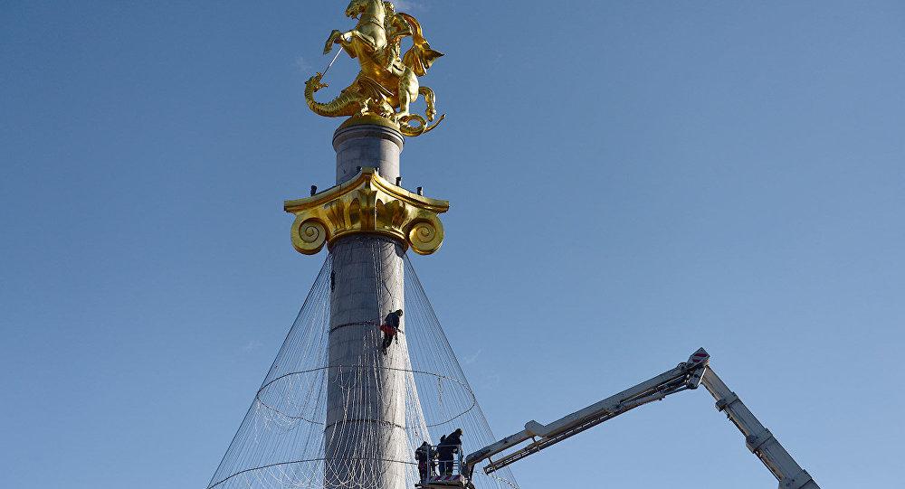 Украшение статуи Святого Георгия