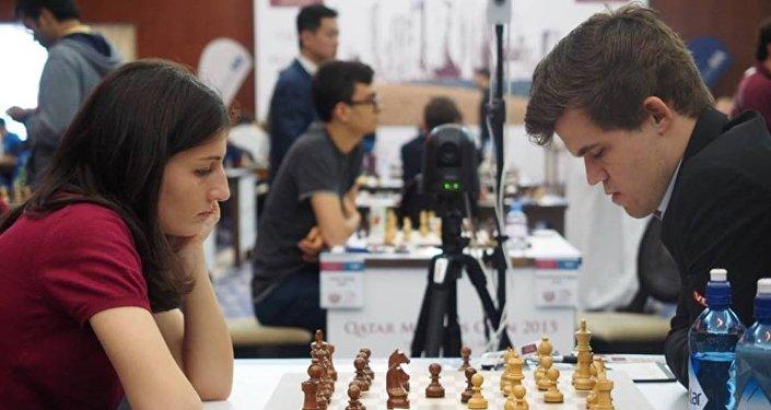 Нино Бациашвили сенсационно сыграла вничью с Магнусом Карлсеном