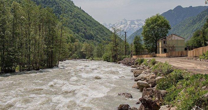 მდინარე ნენსკრა