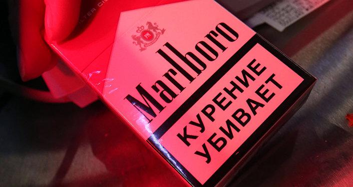 Пачка сигарет Marlboro