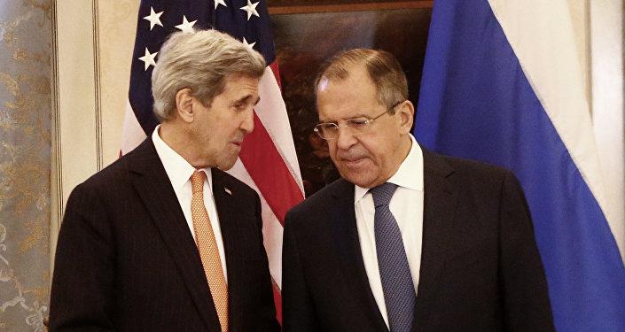 Джон Керри и Сергей Лавров, архивное фото