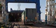 Погрузка продукции на экспорт