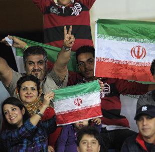 Жители Ирана, архивное фото