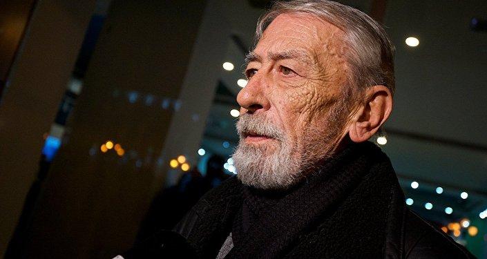 Я посвятил книгу людям, на которых держится жизнь - Вахтанг Кикабидзе