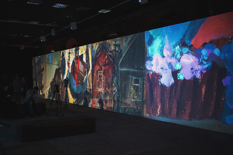 На открытии выставки, посвященной Резо Габиадзе, в Москве.
